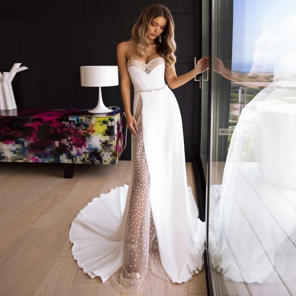 Review Charming Wedding Dresses  White For Women Custom Made Jersey Lace Strapless Sleeveless Zipper A-Line Bridal Gowns Novia Do 2021