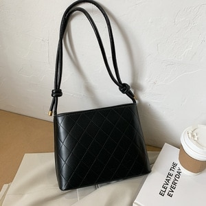 Lingge Texture Bag Female 2021 Niche Trendy Ins Net Red Small Square Bag Casual Single Shoulder Office Lady Messenger Bag Black