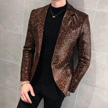 Hommes automne nouveau léopard en cuir mince costume veste homme affaires décontracté serpent impression pardessus vêtements dextérieur en fausse fourrure manteau