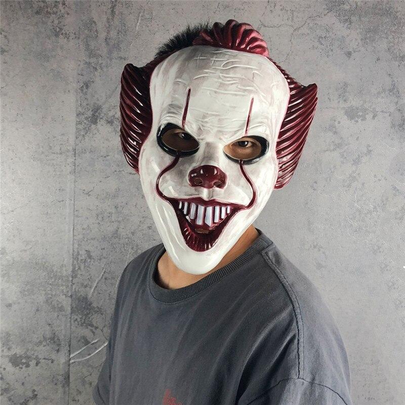 Top barato 2019 película It capítulo Dos máscara de Cosplay Pennywise el payaso bailarín Bill Skarsgard Cosplay ABS media máscara de Halloween
