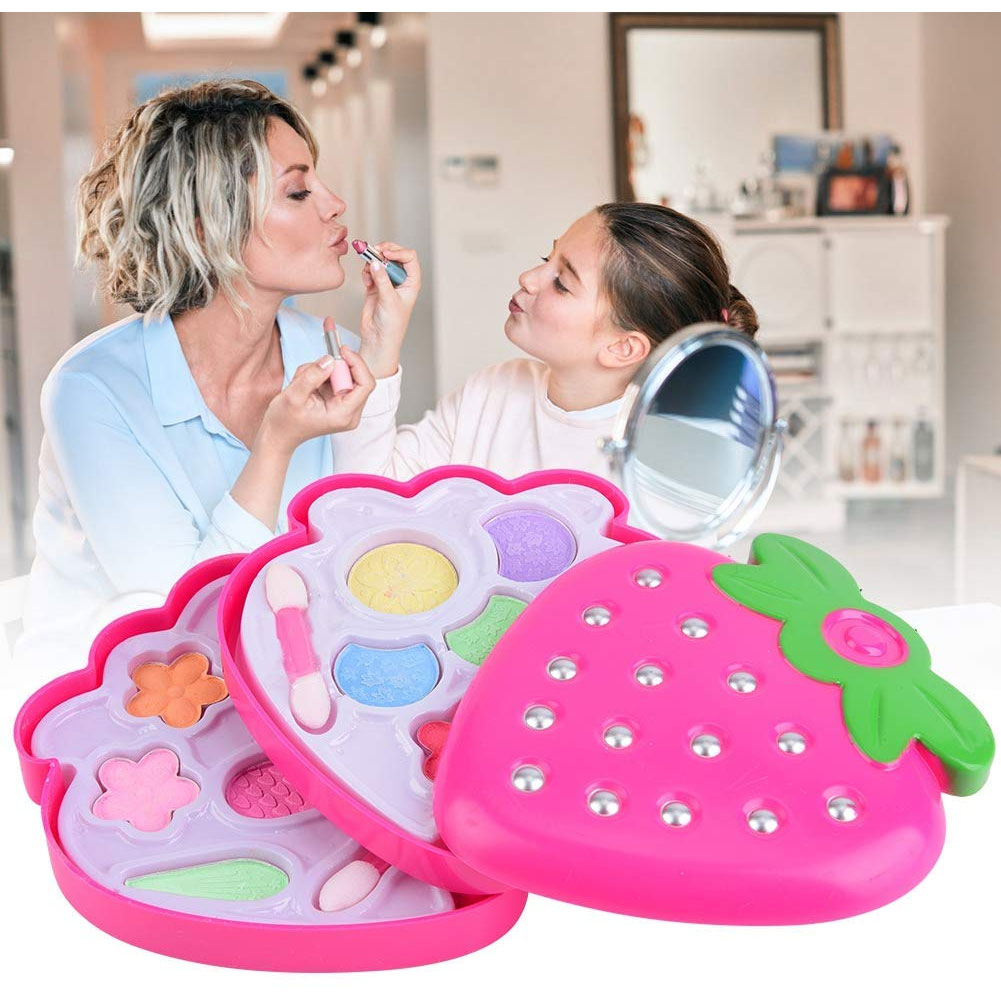Pretend Play Makeup Set With Flower Strawberry Pattern For Girls Simulation Non-Toxic Cosmetic Tools Toys For Girls