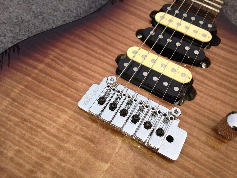 Custom electric guitar.tiger flame maple top gitaar,handmade 6 stings guitarra,rosewood fingerboard. enlarge