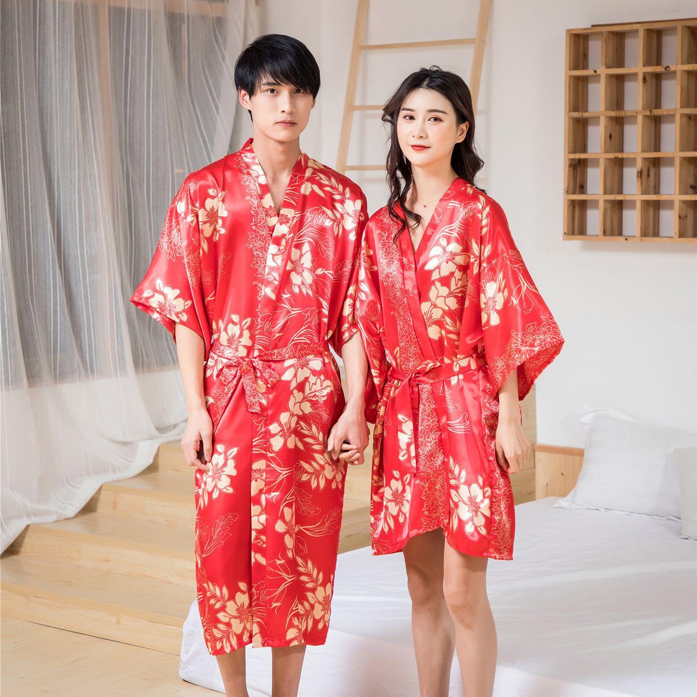 Лето Влюбленные Невеста Свадьба Халат Мужчины Атлас Пижамы Женщины Ночная рубашка Сексуальная Ночная рубашка Леди Кимоно Халат Платье Пеньюары