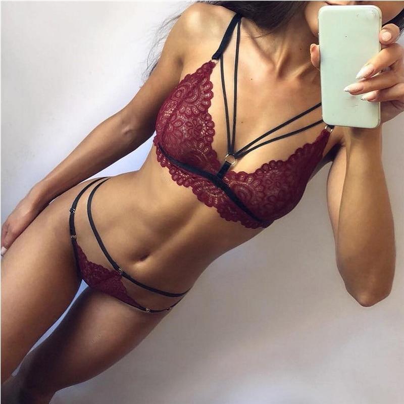Conjunto de lencería de moda para mujer, ropa interior Sexy de realce, sujetador Transparente de talla grande y bragas, Tops de encaje para dormir