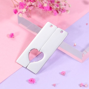 10Pairs 50*12.5mm Split Heart Strip Charms Mirror Polish Stainless Steel Charms For DIY Making Necklaces Keychain Lovers Jewelry