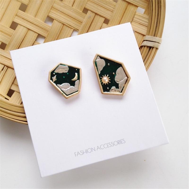 2020 korean Fashion geometric Creative girl stud earrings Cute Romantic moon clouds pearl stud earrings for women gifts Jewelry