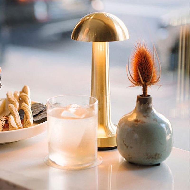 Led مصباح الطاولة المحمولة قابلة للشحن USB حامل أضواء ليلة مصابيح اللمس الاستشعار الحديثة مصباح إضاءة البار لغرفة ديكور بار القهوة الإضاءة