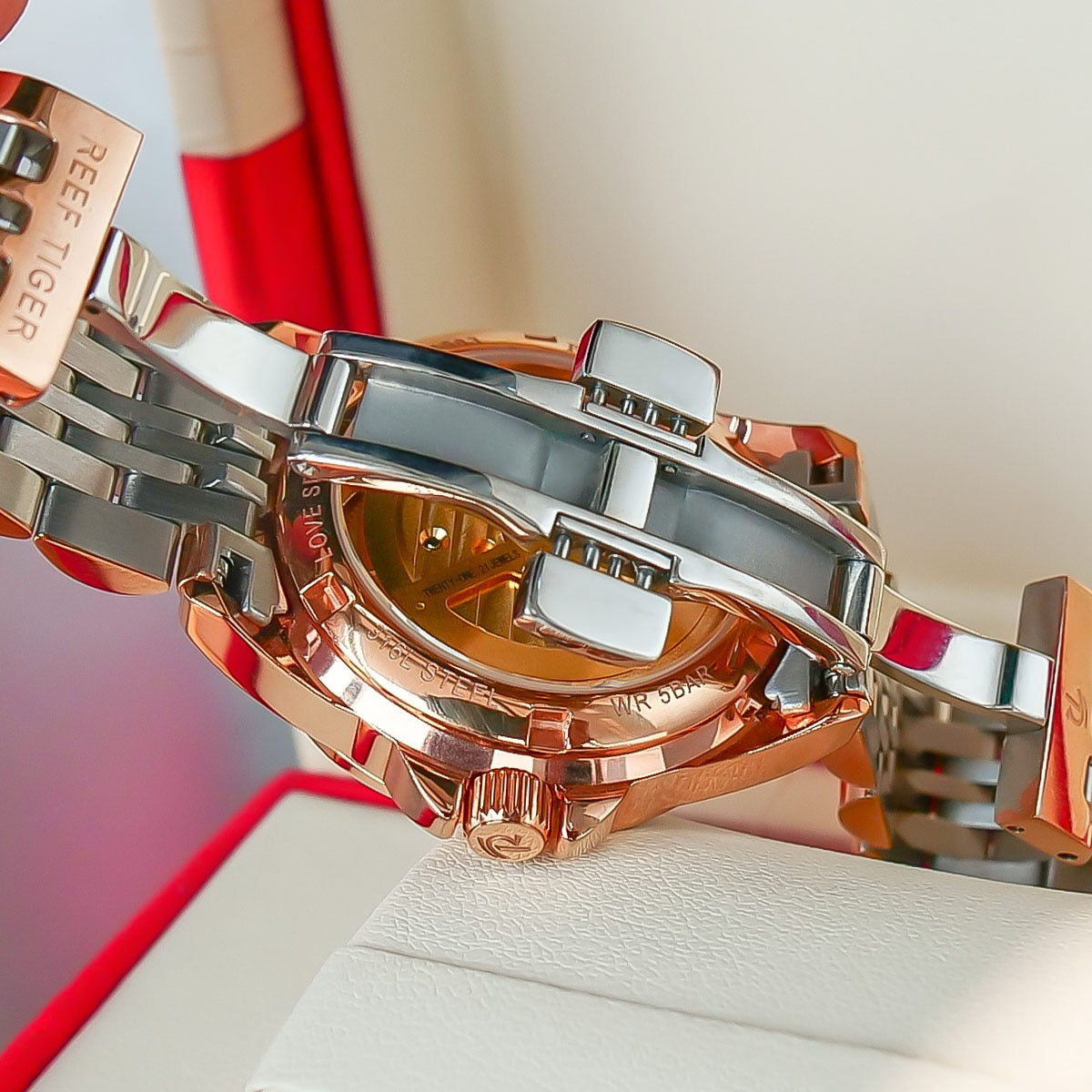 2021 Reef Tiger Top Brand Lady Watches Luxury Flower Diamond Women Rose Gold Bracelet Automatic Watches Relogio Feminino RGA1583 enlarge