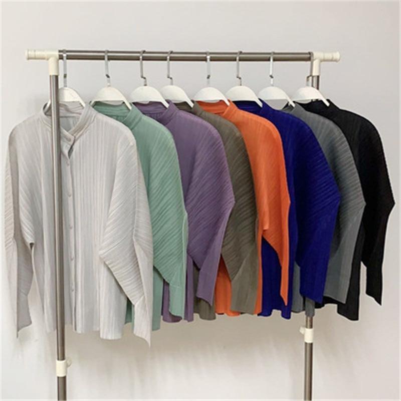 Miyake أوائل الخريف أضعاف معطف الإناث ins المد موضة 2021 جديد فضفاض كبير الحجم موضة تصميم الشعور الخارجي سترة المرأة
