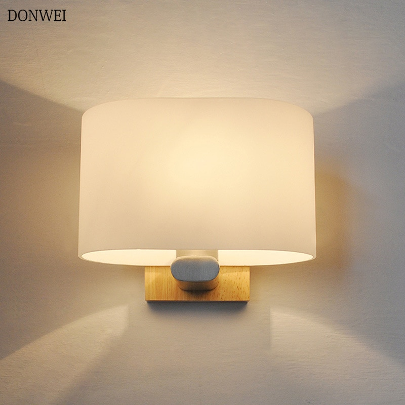Nordic Wooden E27 Wall lamp Frosted glass Lampshade Bedroom Bedside Restaurant Aisle Wall Sconce Indoor lighting Fixtures
