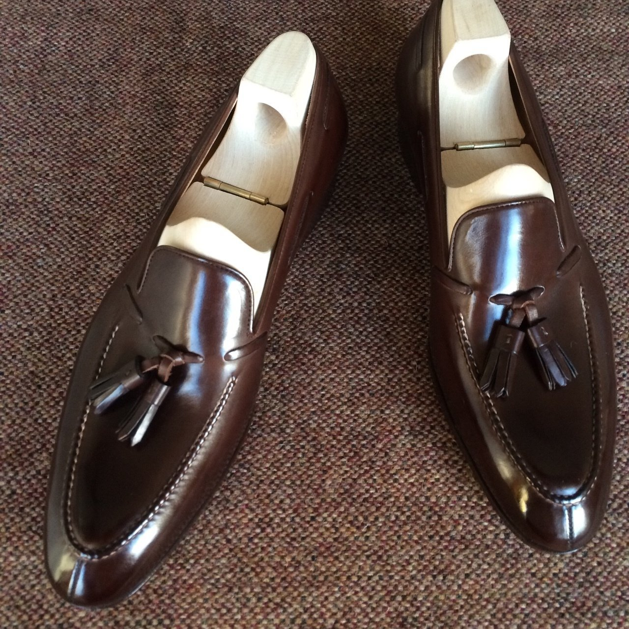 الرجال بو أحذية من الجلد حذاء كاجوال فستان أحذية البروغ أحذية الربيع حذاء من الجلد خمر الكلاسيكية الذكور عادية HA067