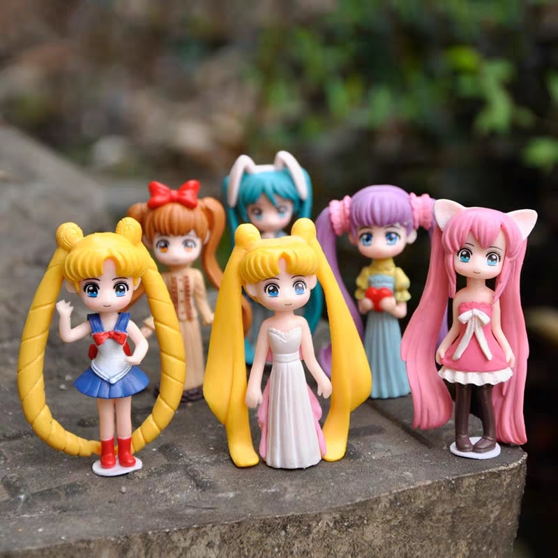 Anime Sailor Moon Tsukino Usagi Hatsune Miku PVC Action Figure Anime Figurines Collectible Dolls Kids Model Toy Dolls