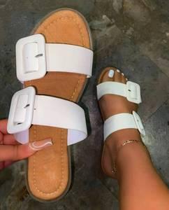 White square button strap flat slippers women's flat-bottom fashion women's sandals 2021 new slippers