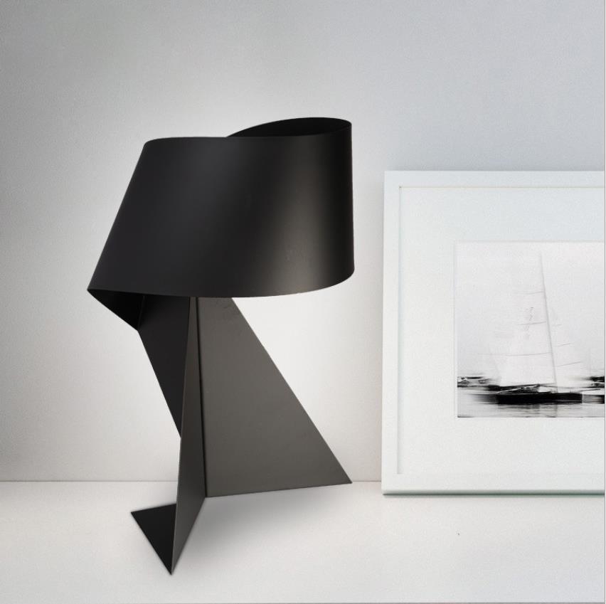 Nordic Kreative Moderne Minimalistischen Schwarz und Weiß Eisen Tisch Lampe E27 LED Dekorative Licht für wohnzimmer Bett zimmer