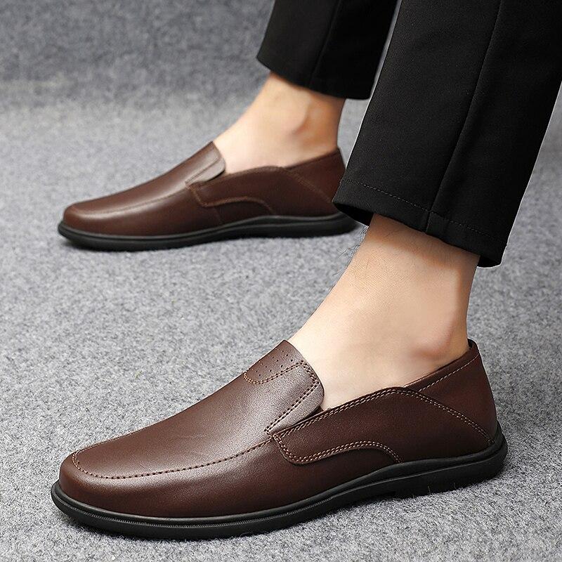 الرجال حذاء كاجوال أحذية رياضية مصباح أنيق تنفس رجالي الانزلاق على حذاء رياضة مريحة للرجل السببية الرياضة للرجال