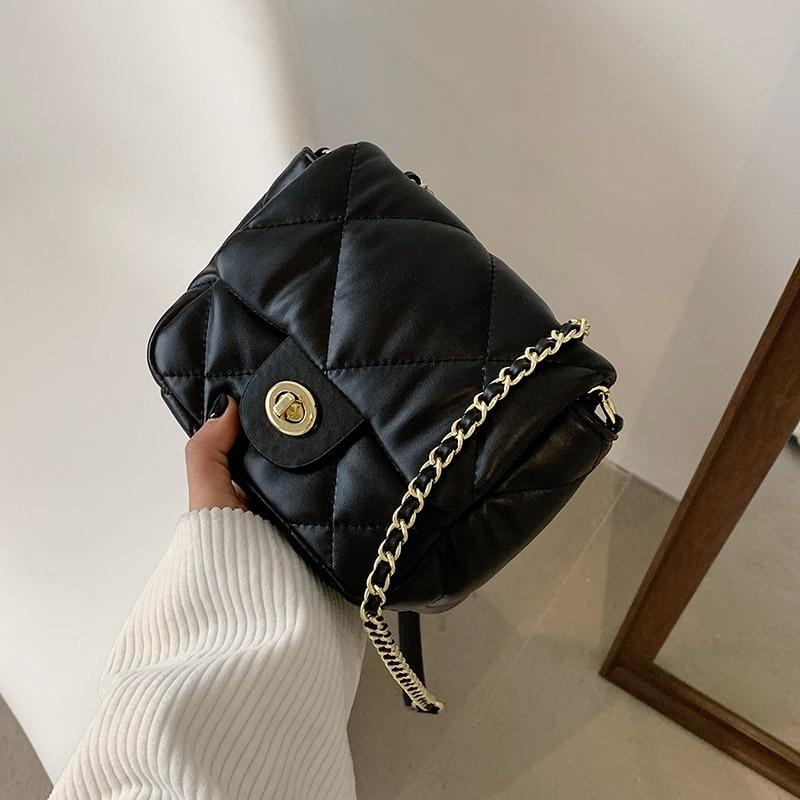 Luxury Niche Design Bag Women 2021 New Trendy Fashion Ladies Rhombus Chain Messenger Bag High Quality Simple Small Square Bag