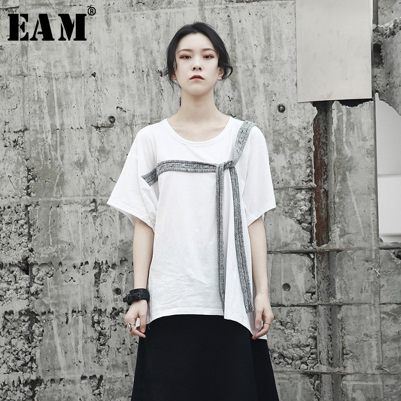 [EAM] Camiseta holgada de manga corta con cuello redondo y abertura para mujer, moda Primavera Verano 2020 JF813