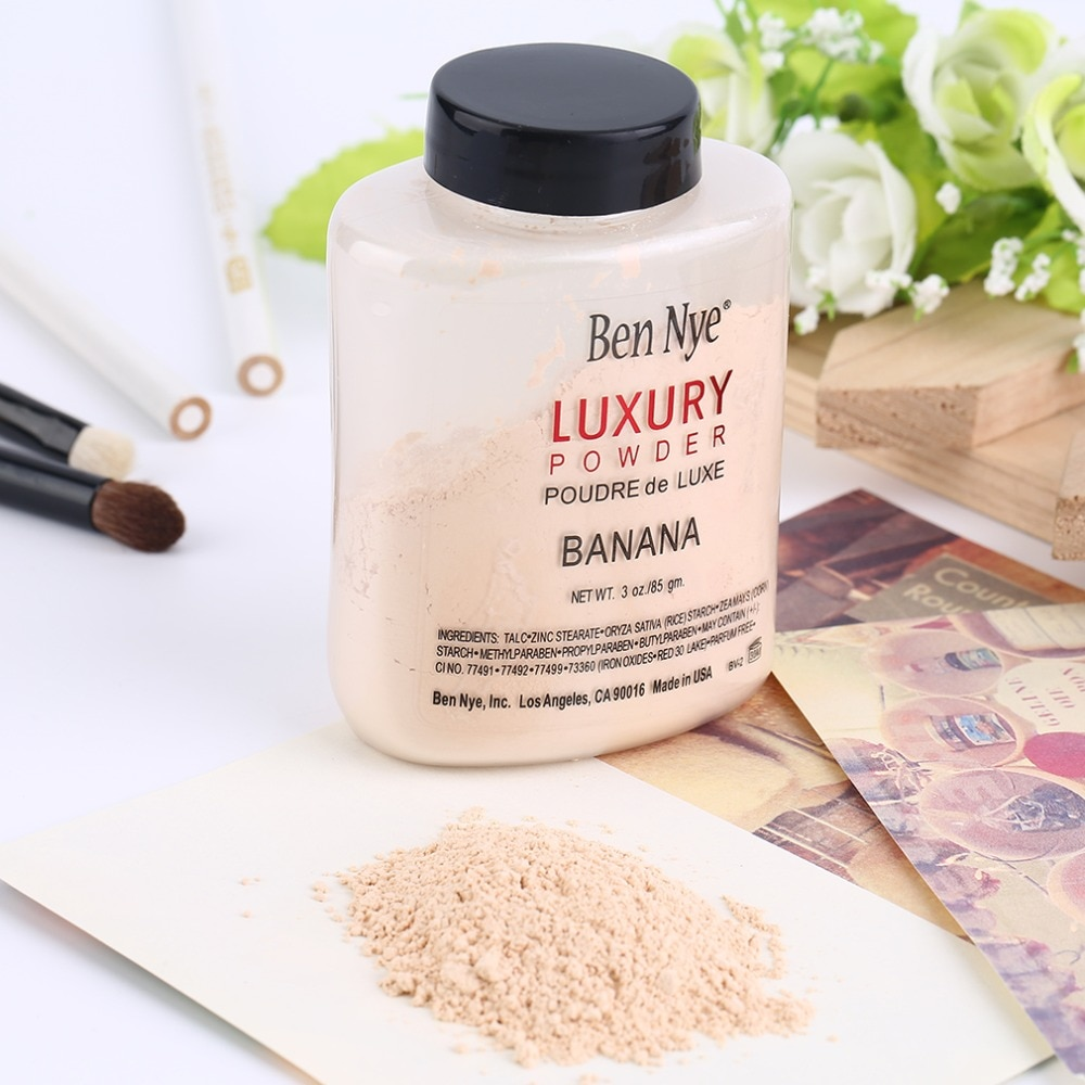 Trendy Products Luxury Banana Powder Bottle Face Makeup Powders Women Lady Facial Contour Brighten S