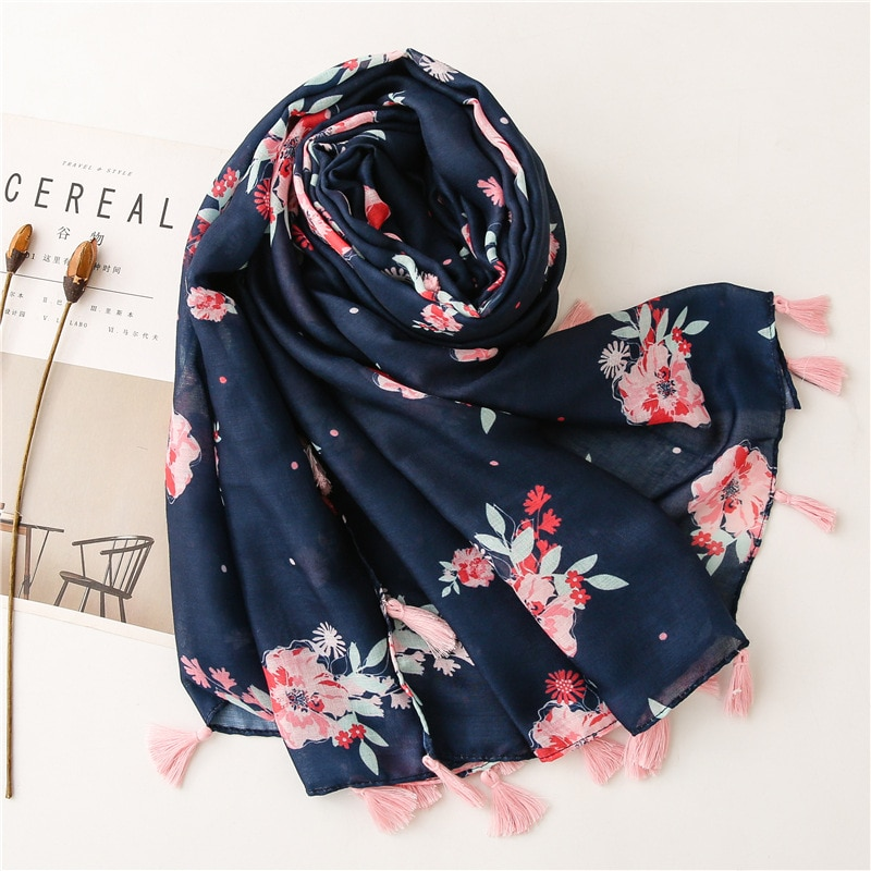 2021 Newest Women Floral Printed Scarf Cotton Tassel Scarf Quality Scarf Shawls Wraps Hijabs