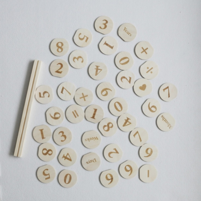 Wooden Monthly Milestone Photo Cards Record Discs Early Learning Multiplication Wood Chips Baby Kids Photography Props