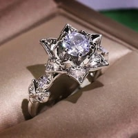 luxurious and exquisite hollow out flower ring silver plated zircon ring suitable for charming womens wedding party jewelry