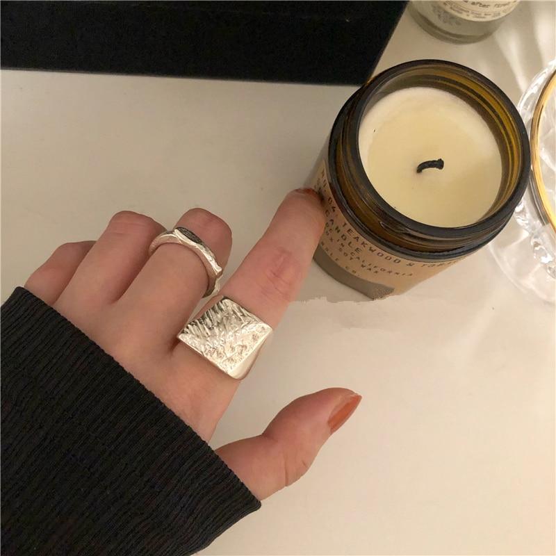 AOMU INS anillo abierto Irregular de moda redondo de oro mate Color plateado para mujer anillo minimalista joyería para fiestas regalos