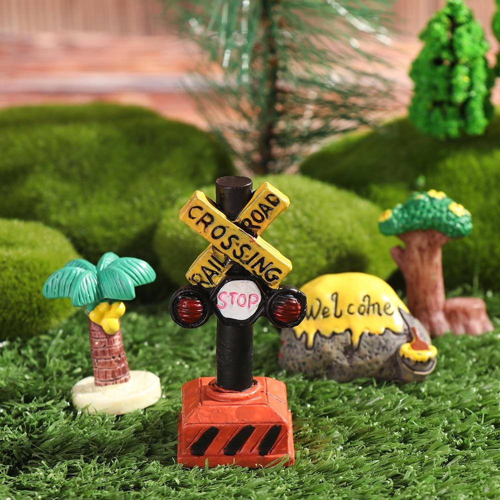 1PC terrario con musgo decoración estatuillas de Bonsai resina micro paisaje señal de artesanía de letrero en miniatura Gnomo de jardín Hada