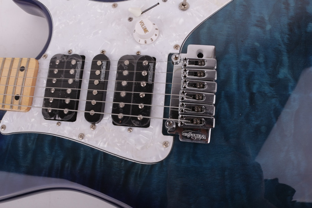 good quality electric guitar blue quilted maple top enlarge