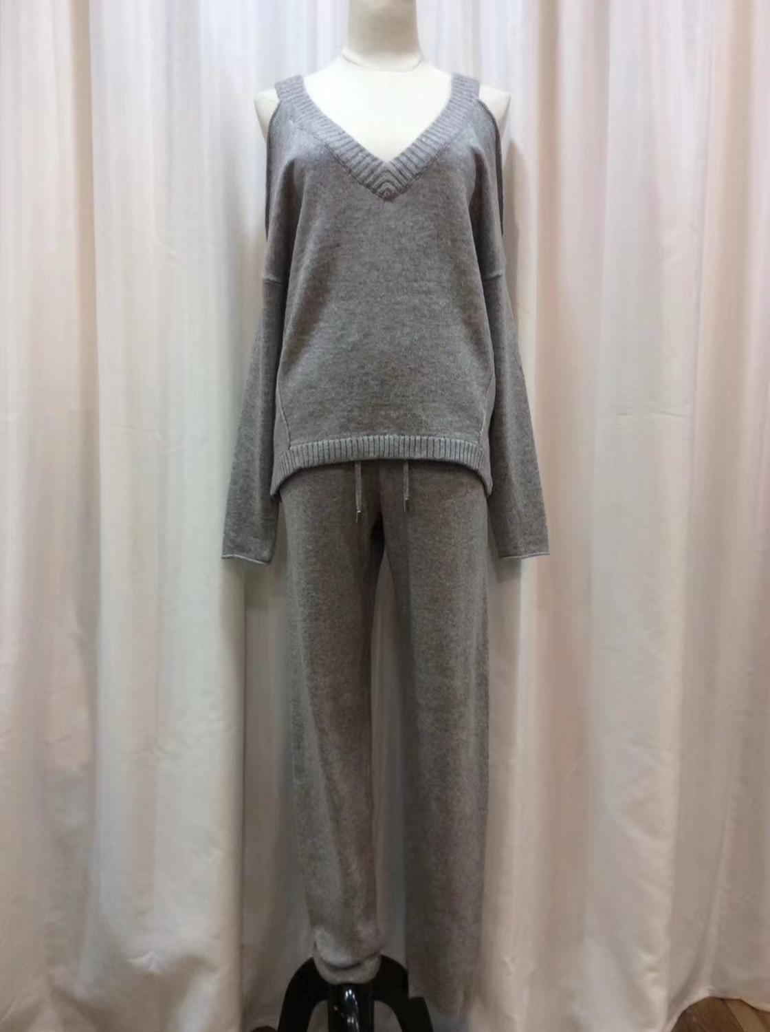 Sweater Women 2020 Rushed Winter New Casual Cashmere Sweater Loose Knitted And Trousers Of Women Female Strapless Sexy V-neck enlarge