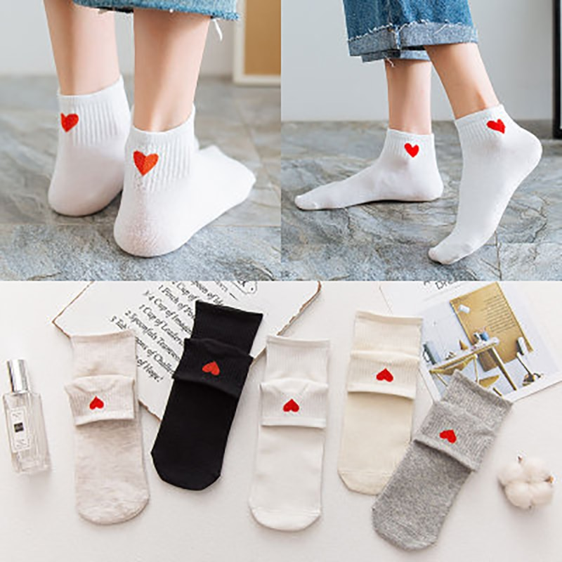 2021New Spring Women Cotton Short Tube Academic Solid Heart Pattern Versatile Socks491430