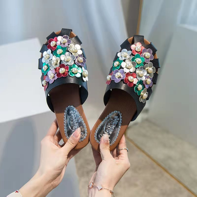 2021New Style Pearl Decorated Beautiful Women Slippers Sandals Comfort Summer Shoes Flat Low Heels