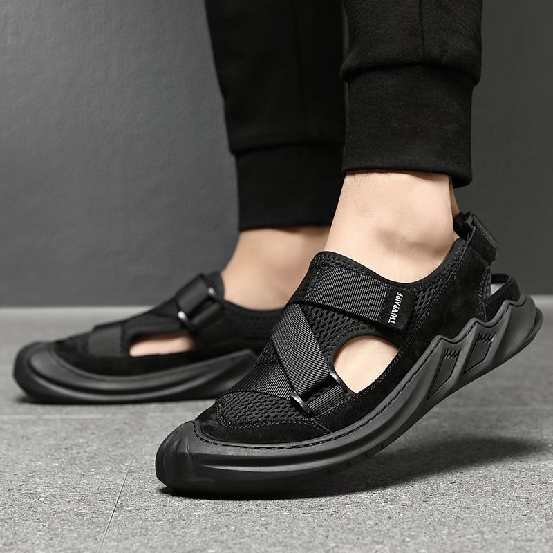 جديد في الهواء الطلق الصيف الرجال الصنادل تنفس ومريحة المشي ارتداء حجم كبير الأحذية المفتوحة شبكة موضة الشاطئ الترفيه مشبك