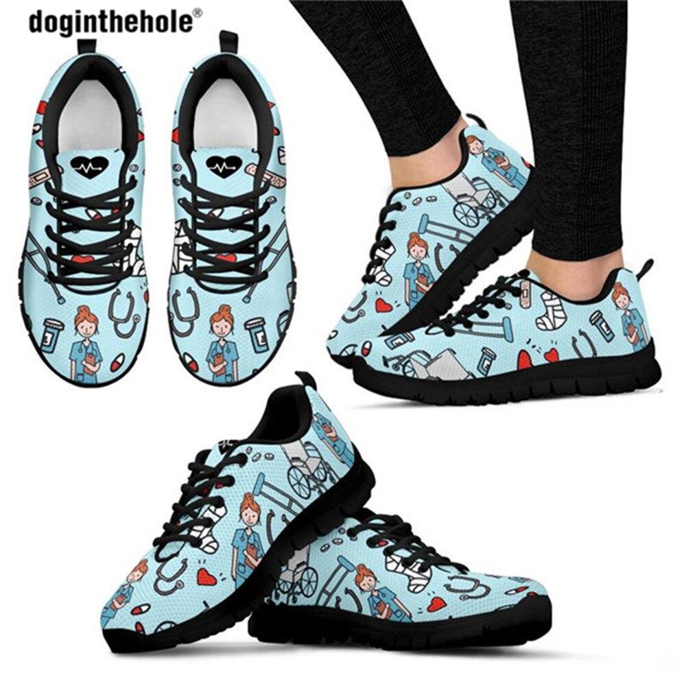 Doginthehole-أحذية ممرضة مطبوعة ، أحذية شبكية هوائية للنساء ، أحذية التمريض غير الرسمية ، أحذية تنفس للفتيات في سن المراهقة