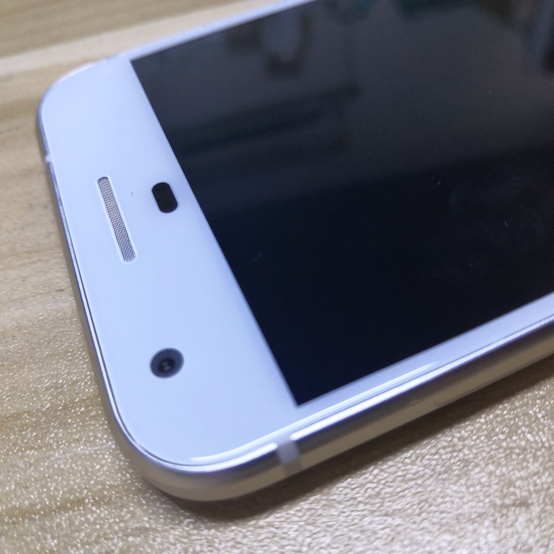 Google Pixel smartphone 4GB RAM 128GB ROM snapdragon 821 Unlocked enlarge