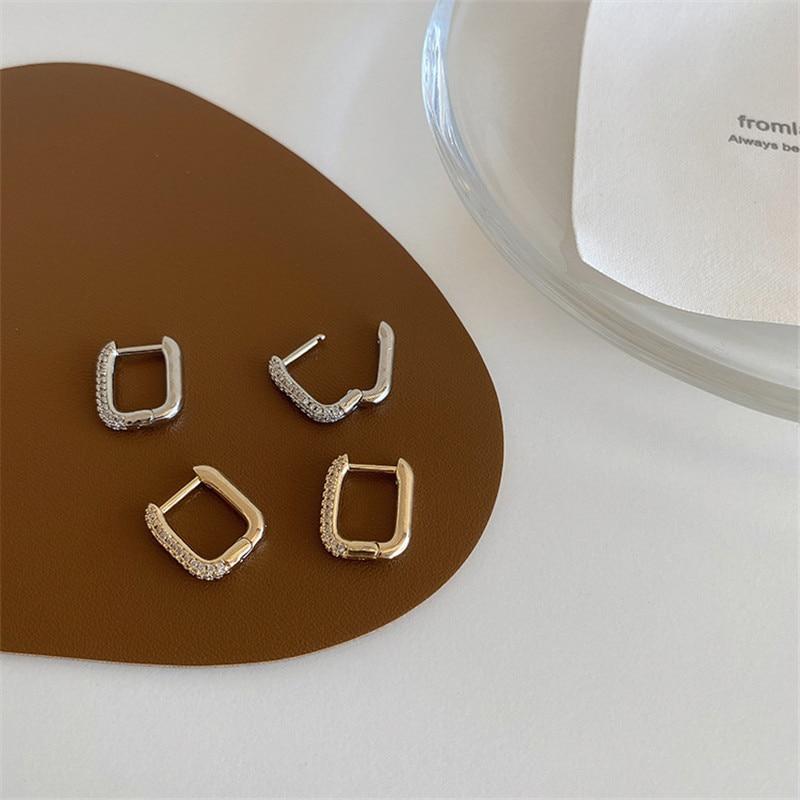 EIN Paar Kristall Strass Quadrat Ohrringe Gold-überzogene Schmuck Ohrringe Einfache und Vielseitige Temperament Ohrringe