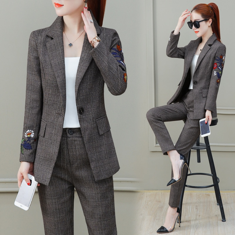 Long-sleeved embroidery small suit jacket feet pants suit two-piece female lattice OL temperament business suit dress uniforms floral and animal embroidery long sleeved jacket
