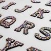 A-Z 1pcs ריינסטון אנגלית אלפבית מכתב Applique 3D ברזל על תיקון אותיות עבור בגדי תג להדביק עבור בגדי תיק נעליים
