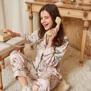Satin Sleep Set Casual Beige Home Clothing Printed Flower Lady Pajamas Suit Sleepwear Spring Autumn New Nightwear Negligee