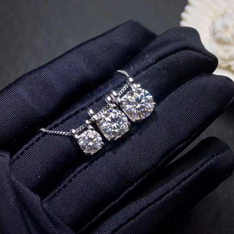 Kkmall Store Round Silver Moissanite Pendants 3.00ct D VVS Luxury Moissanite Pendants Jewelry Girlfriend Gift 925 necklaces