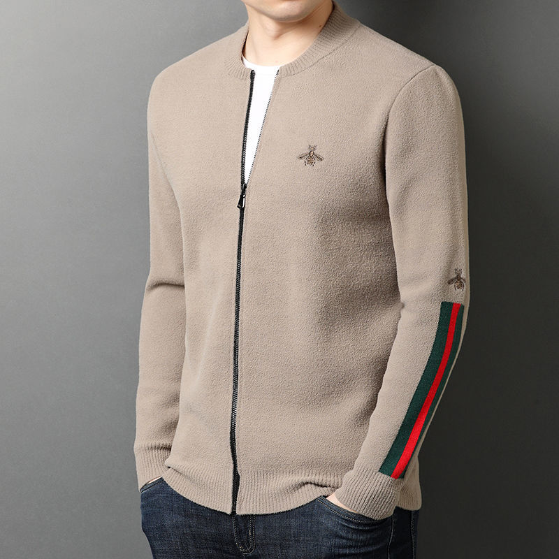 Fashion long sleeve solid color embroidered cardigan sweater 2021 spring and autumn new cardigan casual sweater jacket men's wea
