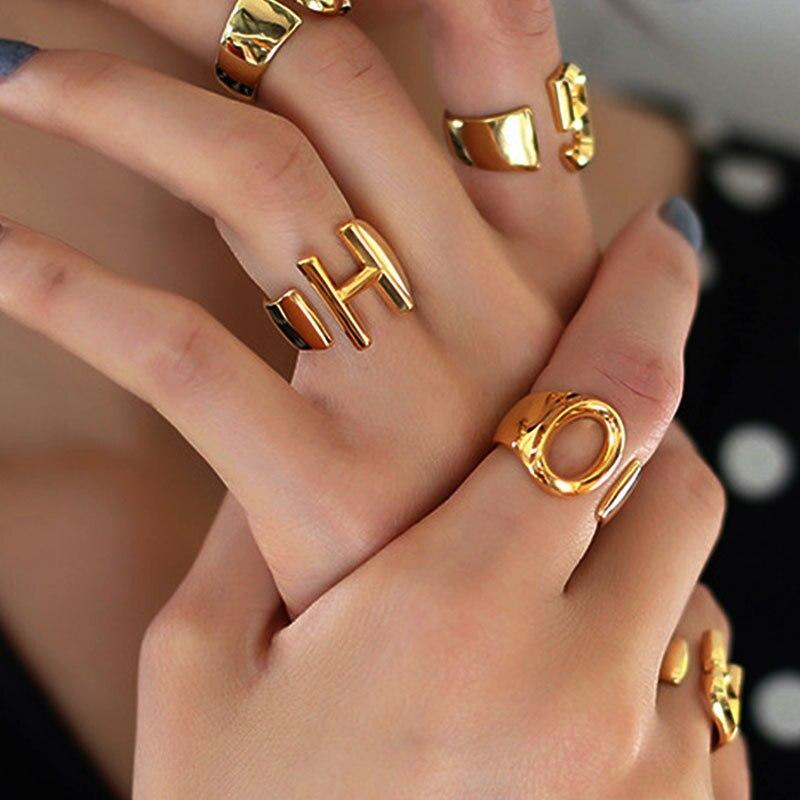 Mode A-Z Brief Metall Verstellbare Öffnung Weiblichen Ring Gold Farbe Initialen Name Alphabe Partei Schmuck
