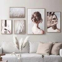 Mode nordique femmes affiches et impressions guitare plume champ mur Art toile peinture Style scandinave salon decor a la maison
