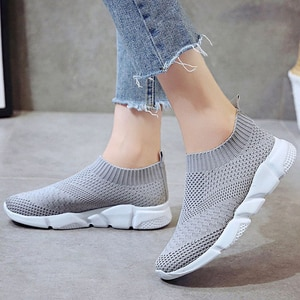 Women Shoes Plus Size Sneakers Women Low Heels Gym Shoes Slip On Women Vulcanize Shoes Casual Sock Shoes White Sneakers Female