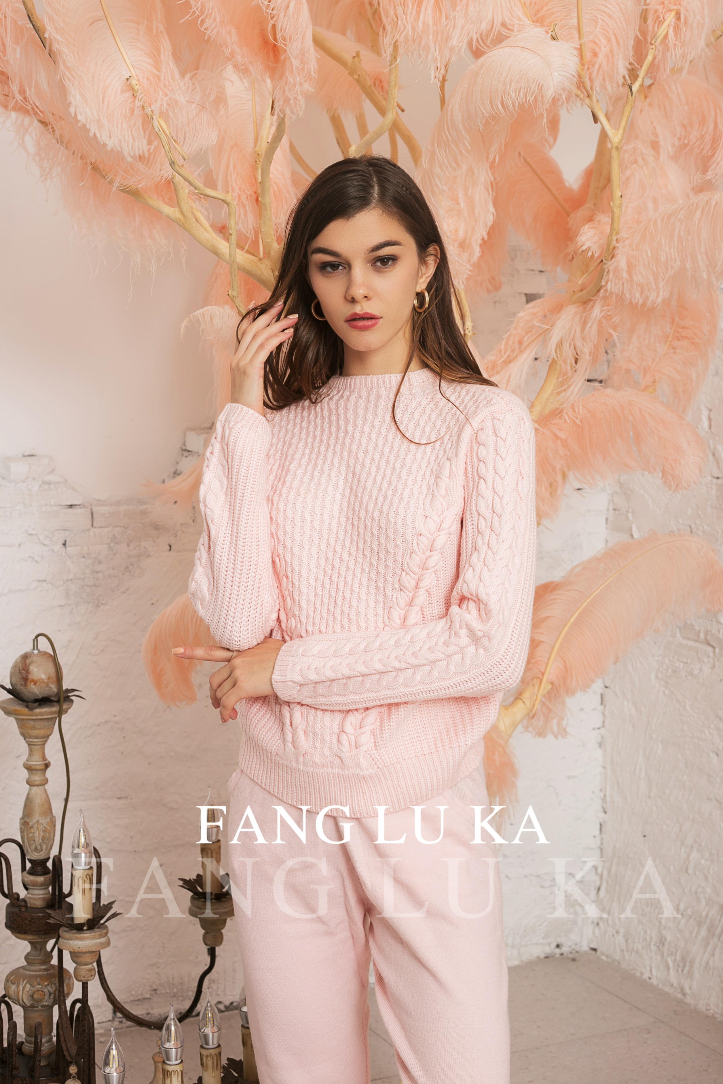 Зимний костюм/High end cashmere knitted sweater set two piece new women's fashionable slim high waist pants enlarge