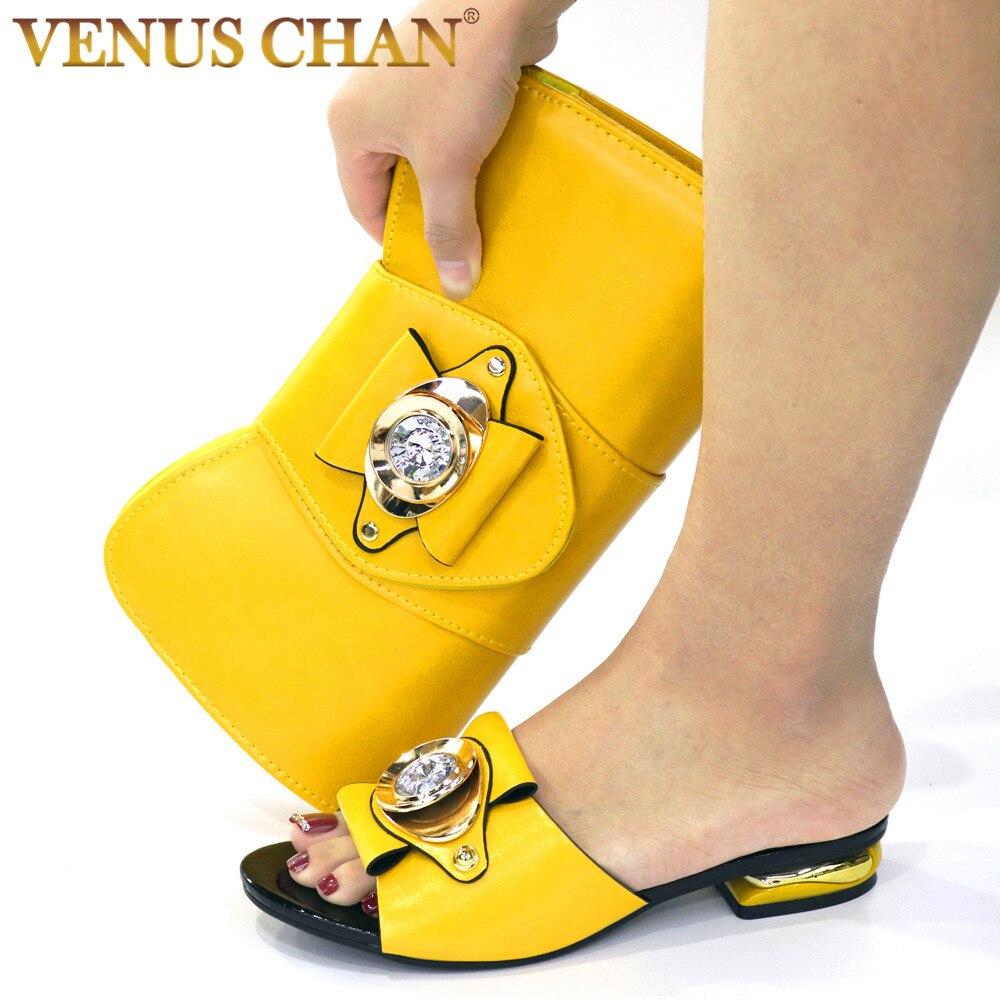 Moda de Cristal Sandálias de Salto Alto e Bolsa Mulher e Combinando Branco Nova Confortável Conjunto Estilo Maduro Sapatos Carteira Festa