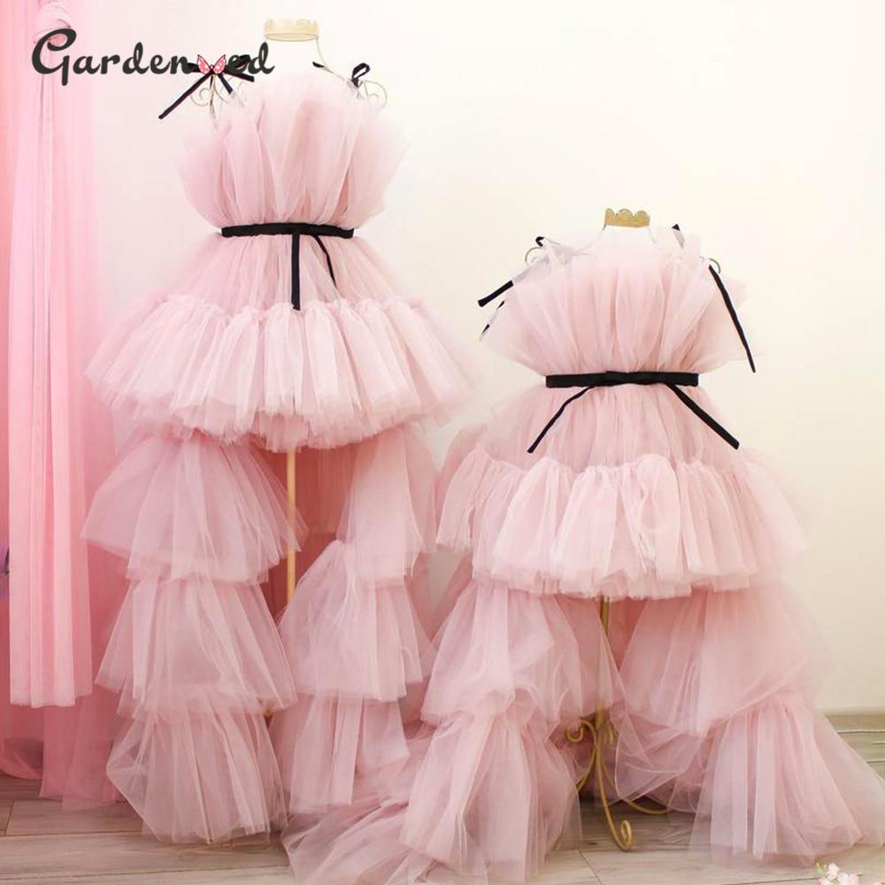 فساتين منتفخة للأم والطفل متطابقة من التل فستان عيد ميلاد للأطفال الصغار فستان الأميرة الأول بالتواصل فستان فتاة الزهور