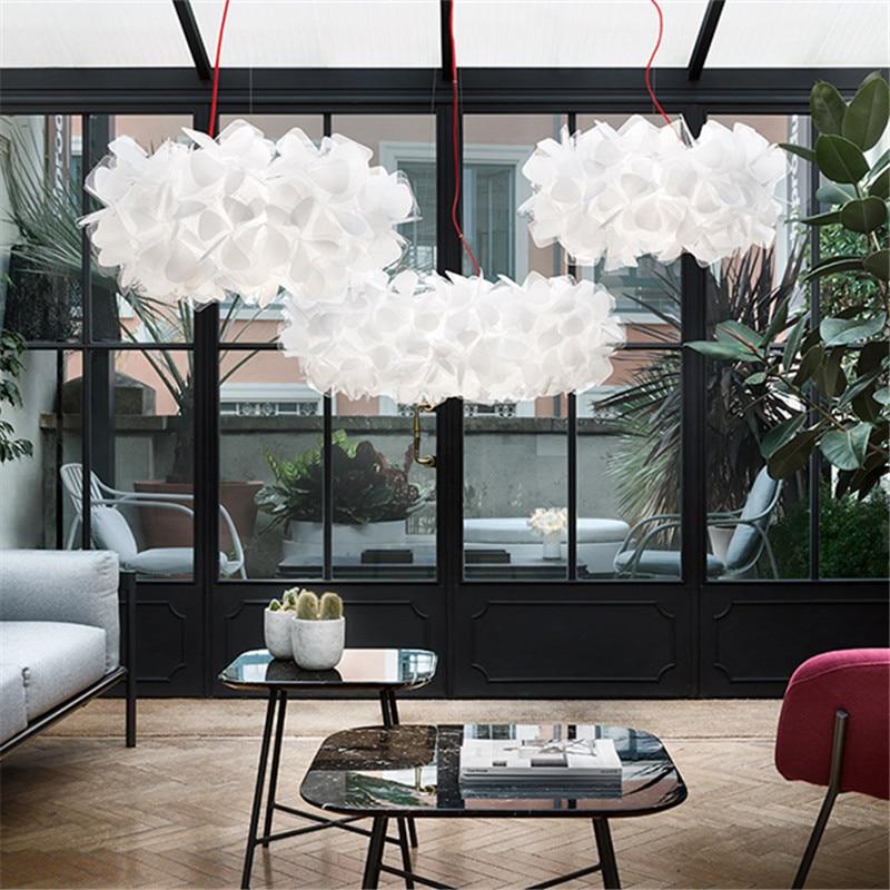 مصباح السقف الإيطالي لغرفة المعيشة ، ثريا من الدانتيل بتلات A ، تصميم شمالي حديث ومريح ، مثالي للمطعم أو غرفة النوم.