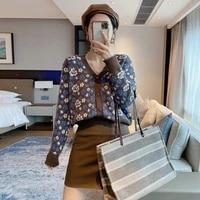 2021 new autumn small flower knitwear for women