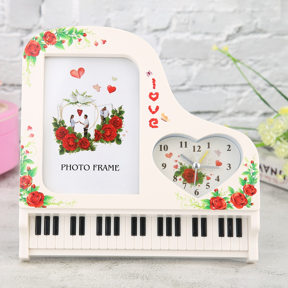 Reloj de Piano vertical con adornos de fiesta para boda regalo de San Valentín (al azar)