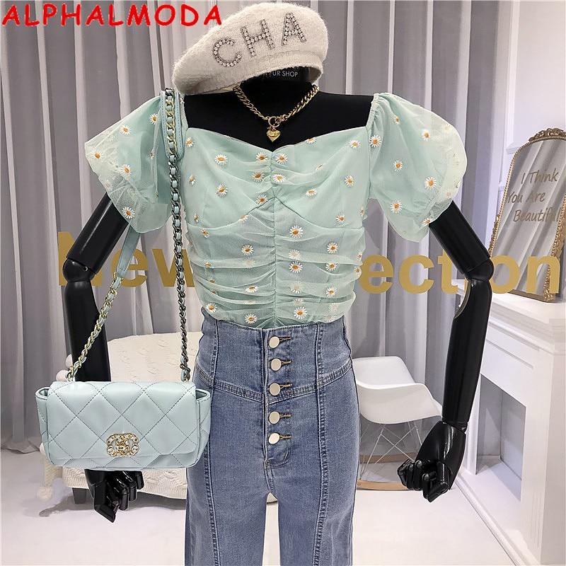 ALPHALMODA 2020 verano Retro Puff Sleeve Little Daisy camisa de encaje corta mujeres de moda Slash Collar de manga corta bordado Top